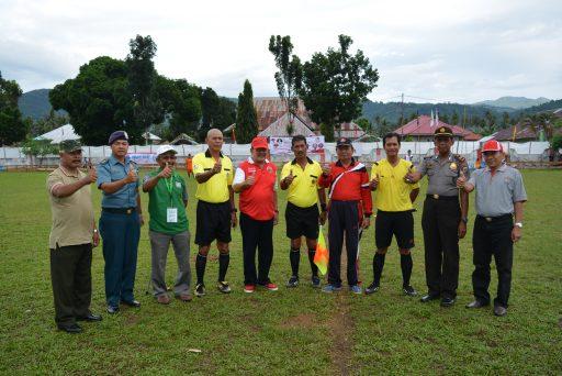 Open Turnamen Sepak Bola Gubernur Cup 2017 Resmi Dibuka