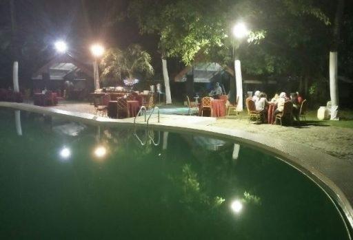 Inilah Golden Pool Cafe, Suasana Makan Romantis di PGH