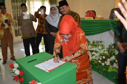 Tingkat Perceraian Tinggi, Kemenag Sulteng Launching Gerakan Perubahan Kualitas Keagamaan di Morowali