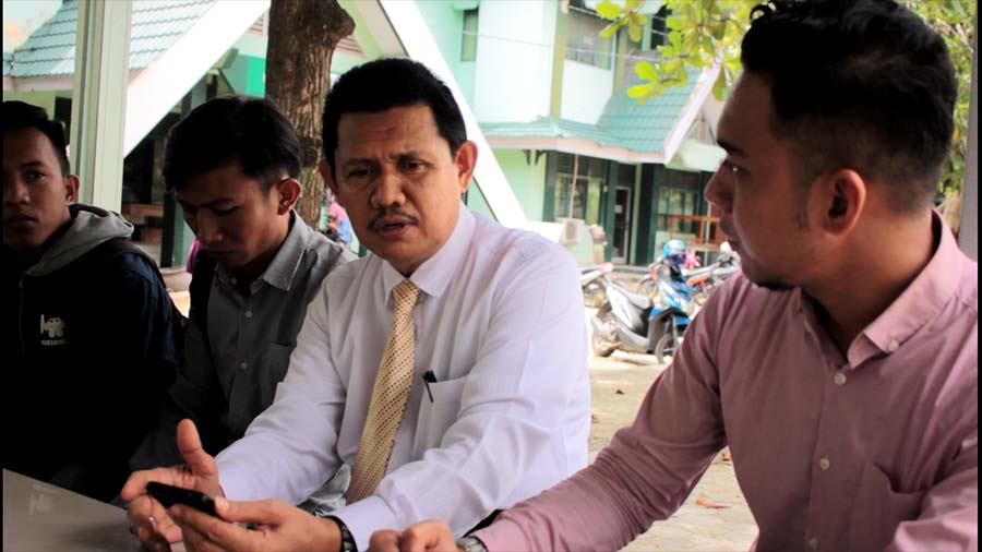 Rektor IAIN PALU Prof Seggaf