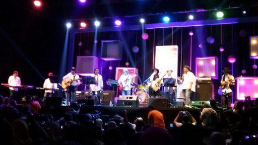 Java Jazz, Politik dan Element of Surprise