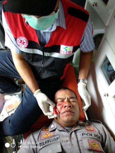 Bentrok Eksekusi Lahan di Luwuk Sejumlah Aparat dan Warga Terluka, Simak Video-videonya..