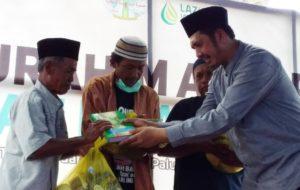 Kunjungi Palu, Ini Harapan Zaitun Rasmin untuk Warga Pengungsi di Petobo