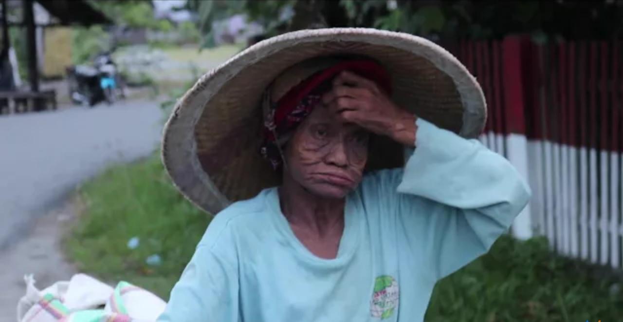 Nenek di Sigi5