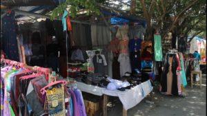 Jelang Lebaran, Omzet Pedagang Baju Muslim Meningkat