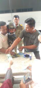 Gubernur Sulteng Bagi Rp.100 Juta Hagala Lebaran Untuk Warga
