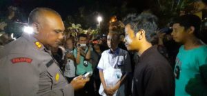 Polisi Rampas Kamera dan Hapus Rekaman Jurnalis TVRI Sulteng