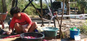 Pengungsi Desa Bangga Sudah Nikmati Air Bersih