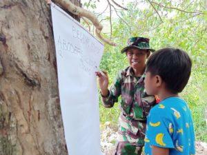 Menjadi Guru Anak-Anak Pedalaman Tinombo, Anggota TNI Ini Mengajar dengan Bahasa Daerah