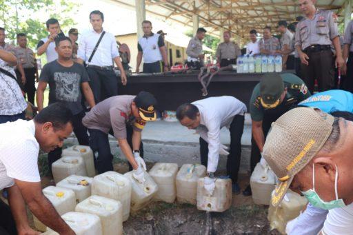 Marak Pemabuk, Polisi Sita Ratusan Liter Miras di Ampana