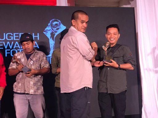 Foto Gempa dan Tsunami Menerjang Milik  Jurnalis Palu Muhammad Rifki  Raih Juara APFI