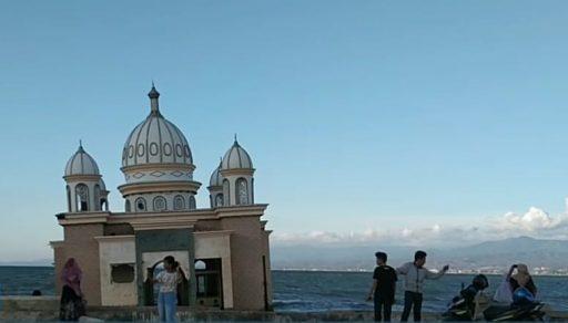 Masjid Terapung Palu, Saksi Kedahsyatan Tsunami yang akan Dijadikan Objek Wisata