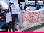 Tak Khawatir Corona, Mahasiswa Untad Turun ke Jalan Tolak Omnibus Law