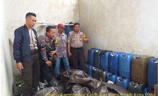 Belasan Jerigen Cap Tikus Disita Polisi di Buluri