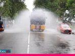 HUT Bhayangkara Ke-74, Polda Sulteng Lakukan Penyemprotan Disinfektan 7 Titik di Kota Palu