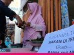Video : Dalam Rangka HUT RI ke-75, Pedagang Toboli Gratiskan Makan Lalampa