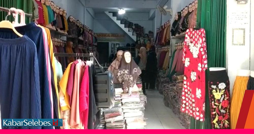 Penjual jilbab
