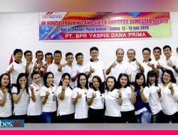 Di Sulteng,  BPR Yaspis Dana Prima Tentena Terima Penghargaan TOP 100 BPR