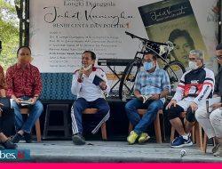 Tinggal Tiga Hari Menjabat, Gubernur Longki Djanggola Luncurkan Buku Semi Biografi