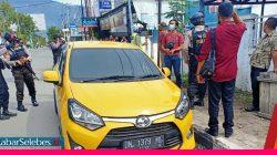 Perampok Pecah Kaca Mobil di Depan BCA, Uang Rp83 Juta Dibawa Lari