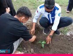 Mahasiswa UNISA Palu Tanam Ratusan Bibit Pohon, Berharap Nanti Bermanfaat bagi Warga