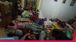 Pengungsi di rumah warga ampana