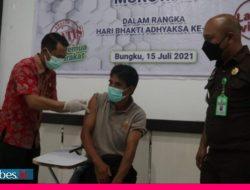 Hari Bhakti Adhyaksa ke-61, Kejaksaan Negeri Morowali Laksanakan Vaksinasi