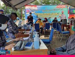 Lanal Palu  Laksanakan Serbuan Vaksinasi Covid-19 Kepada Masyarakat Maritim Kecamatan Banawa Donggala