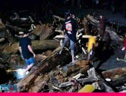 Video : Detik-detik Banjir Bandang Menerjang Pemukiman Warga Desa Rogo