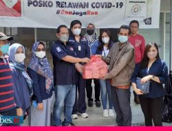 Berdonasi Sekaligus Jadi Kurir Pasien Isoman Corona, PAN Kota Palu Kerahkan Pengurus