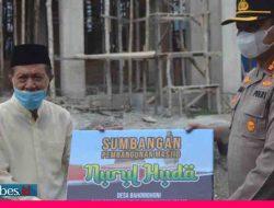 Kapolres Morowali Serahkan Bantuan Pembangunan Masjid