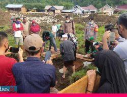 Bupati Morowali Letakan Batu Pertama Pembangunan Masjid di Siumbatu