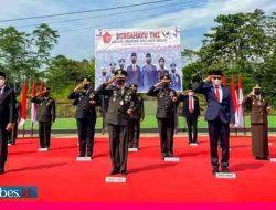 Bupati Morowali Utara Hadiri Upacara HUT TNI di Bungku, TNI Bantu PKL Rp1,2 Miliar