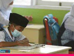 Setelah Setahun Sekolah Ditutup, Madrasah di Palu Mulai Gelar PTM Terbatas