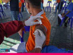 Warga Binaan Lapas Kelas II Palu Terima Vaksin Covid-19 Dosis Kedua